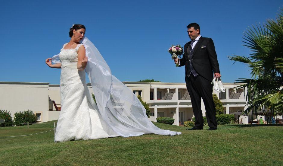 La boda de Lucía y Javier en San Fernando, Cádiz