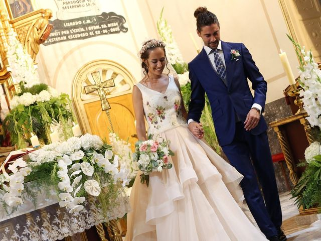 La boda de Berto y María en Canals, Valencia 32