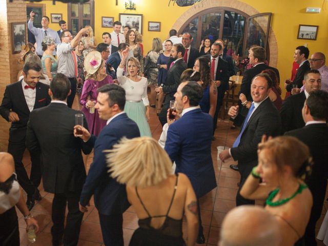 La boda de Vicente y Natalia en Tomelloso, Ciudad Real 18