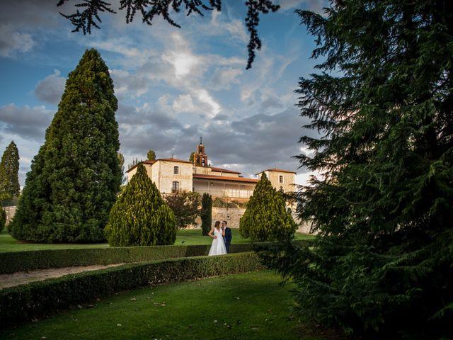 La boda de Raúl y Verónica en Villanubla, Valladolid 48