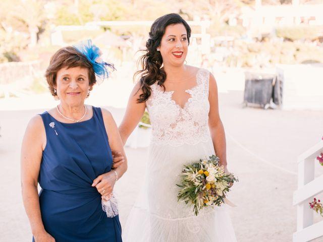 La boda de Sandra y Pedro en Zahara De Los Atunes, Cádiz 24