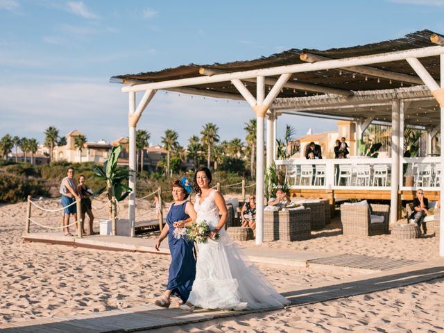 La boda de Sandra y Pedro en Zahara De Los Atunes, Cádiz 25