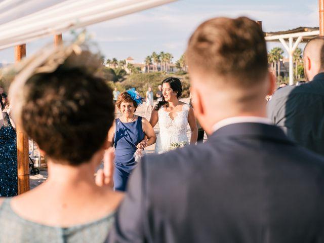 La boda de Sandra y Pedro en Zahara De Los Atunes, Cádiz 27
