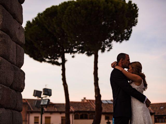 La boda de Julio y Isabel en Segovia, Lugo 33