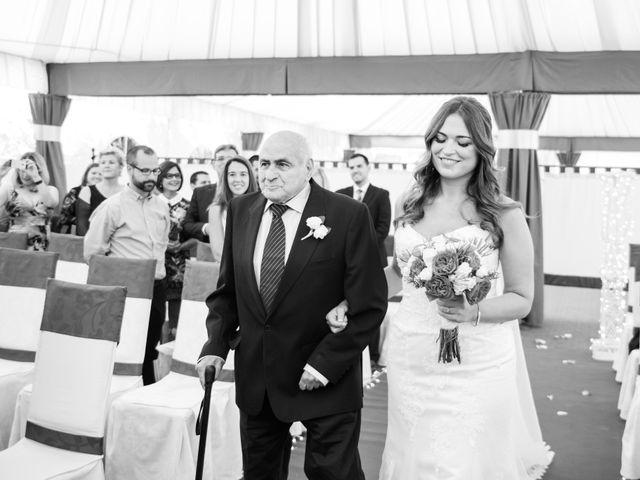 La boda de Pauli y Noemi en Alhaurin De La Torre, Málaga 26