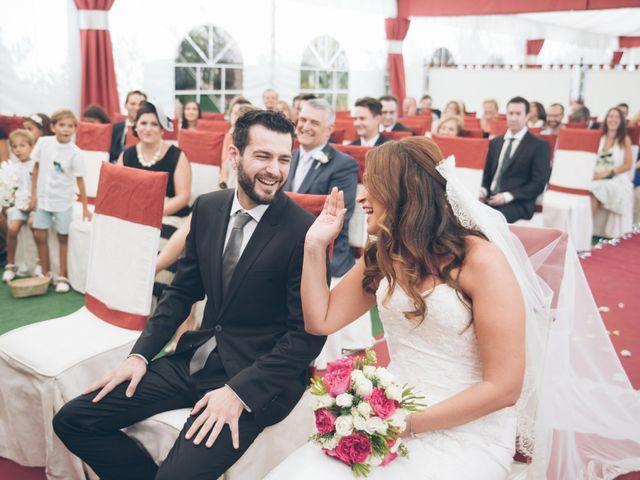 La boda de Pauli y Noemi en Alhaurin De La Torre, Málaga 27