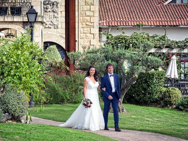 La boda de Andoni y Jennifer en Erandio, Vizcaya 21