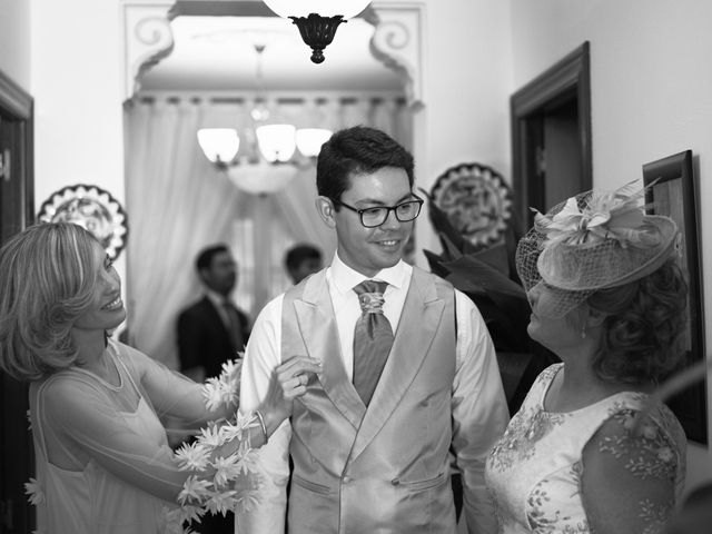 La boda de Juan Gabriel y Nuria en Santa Marta De Los Barros, Badajoz 4