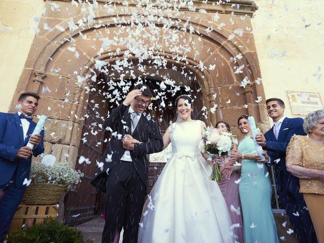 La boda de Juan Gabriel y Nuria en Santa Marta De Los Barros, Badajoz 13