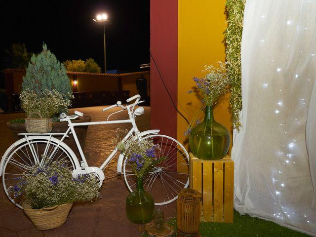 La boda de Juan Gabriel y Nuria en Santa Marta De Los Barros, Badajoz 23