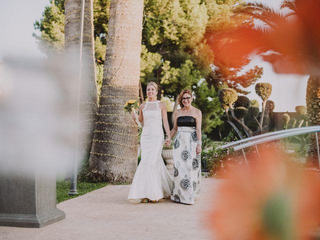 La boda de Juan y Angela en Mutxamel, Alicante 40