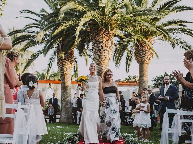 La boda de Juan y Angela en Mutxamel, Alicante 41