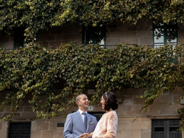 La boda de Diogo y Joana en Santiago De Compostela, A Coruña 17