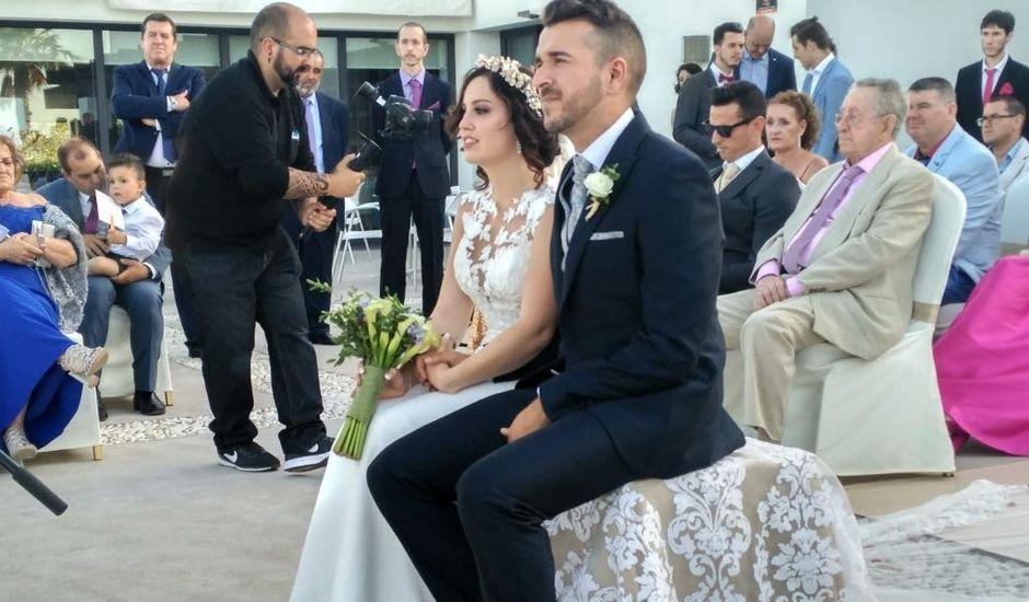 La boda de Javier y Marta en San Roque, Cádiz