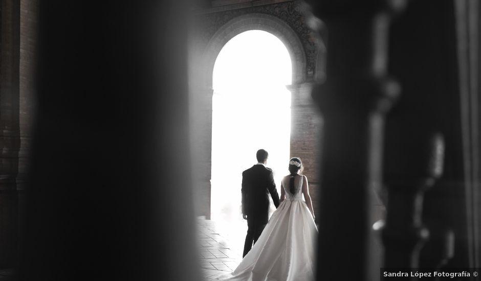La boda de Juan Gabriel y Nuria en Santa Marta De Los Barros, Badajoz