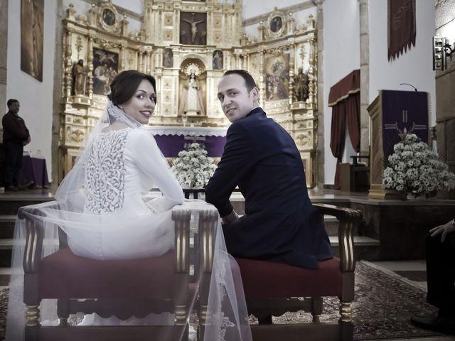 La boda de Carmen y Francisco en Almendralejo, Badajoz 21