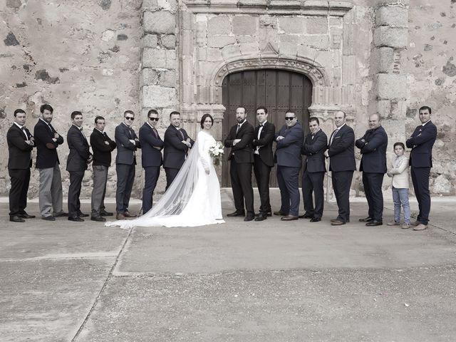 La boda de Carmen y Francisco en Almendralejo, Badajoz 26