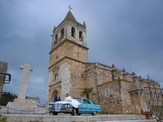 La boda de Carmen y Francisco en Almendralejo, Badajoz 29