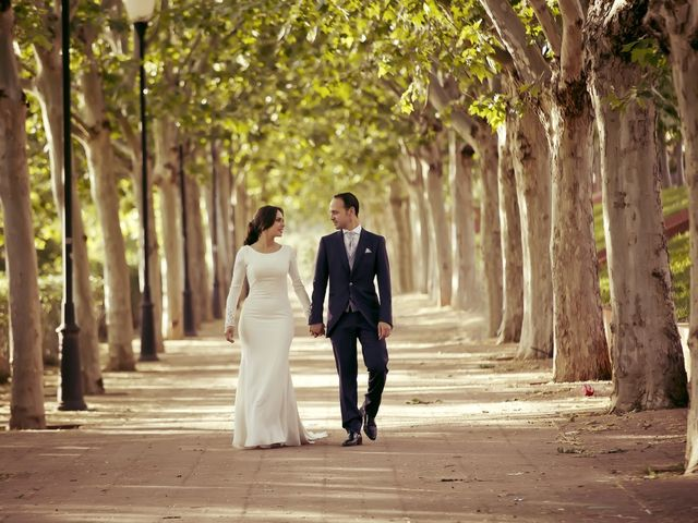 La boda de Carmen y Francisco en Almendralejo, Badajoz 42
