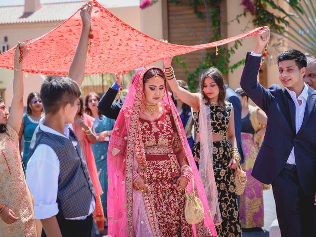 La boda de Sawan y Makena en Playa De Las Americas, Santa Cruz de Tenerife 25