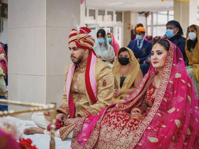 La boda de Sawan y Makena en Playa De Las Americas, Santa Cruz de Tenerife 27