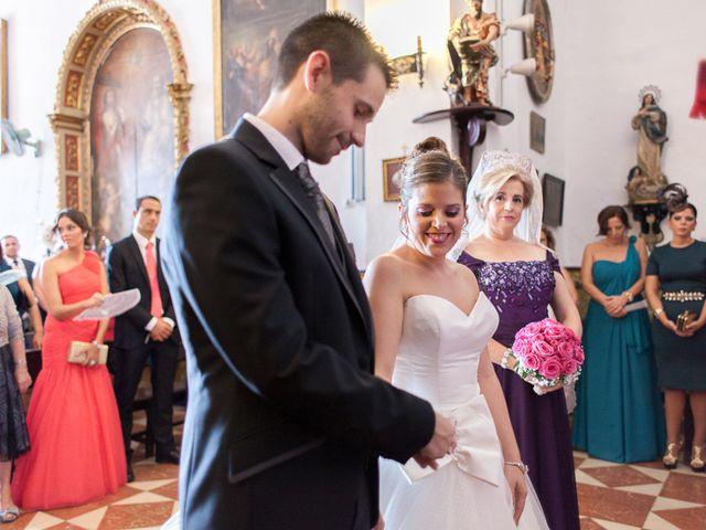 La boda de Antonio y María Isabel en Los Palacios Y Villafranca, Sevilla 10
