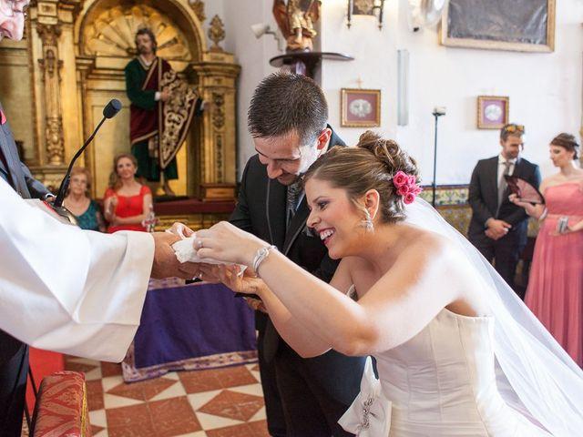 La boda de Antonio y María Isabel en Los Palacios Y Villafranca, Sevilla 11