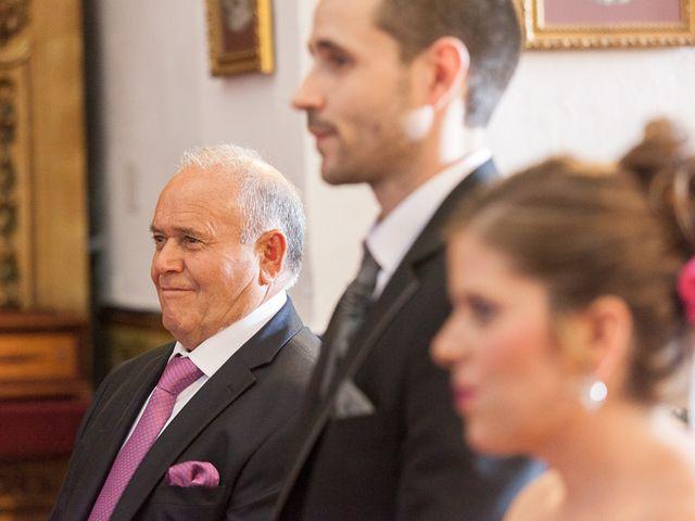 La boda de Antonio y María Isabel en Los Palacios Y Villafranca, Sevilla 12