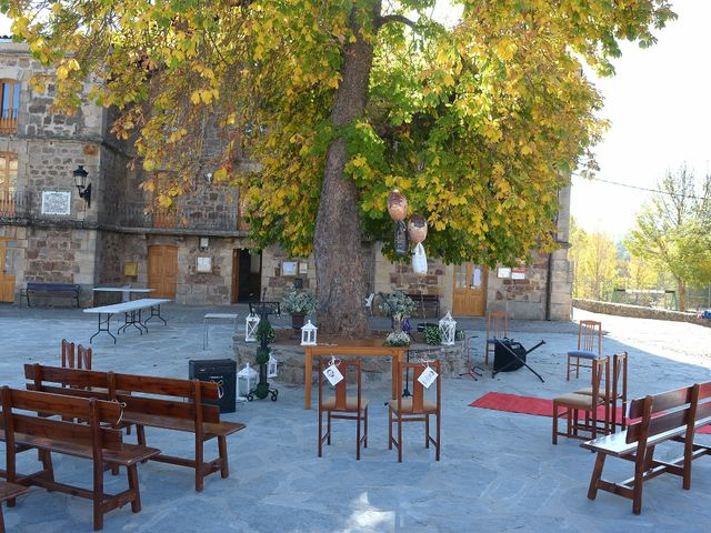 La boda de Fernando Viñas y Carmen Santamaría en Barbadillo De Herreros, Burgos 2