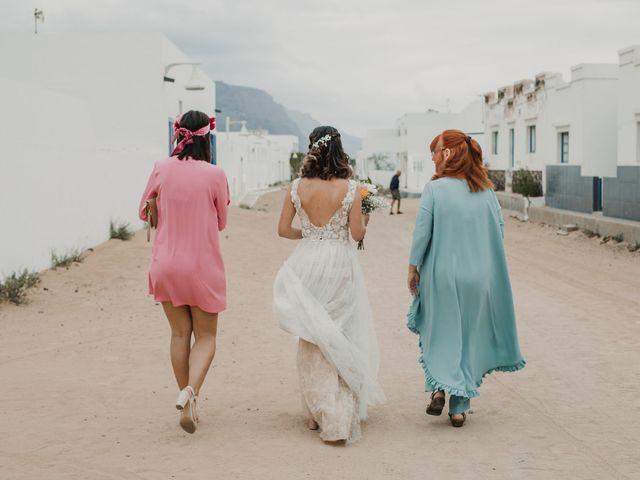 La boda de Octavio y Fayna en Caleta De Sebo (Isla Graciosa), Las Palmas 48