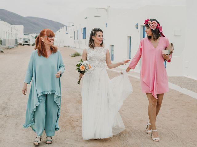 La boda de Octavio y Fayna en Caleta De Sebo (Isla Graciosa), Las Palmas 49