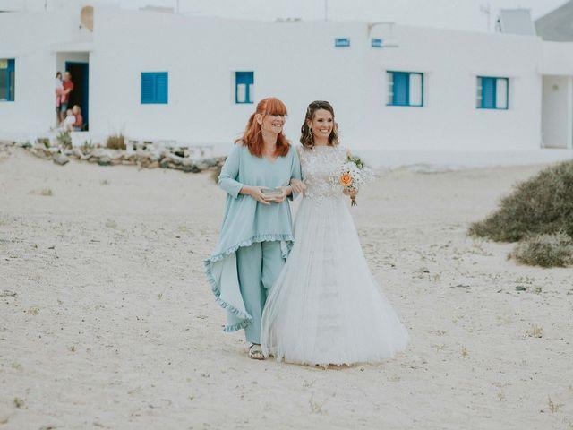 La boda de Octavio y Fayna en Caleta De Sebo (Isla Graciosa), Las Palmas 55