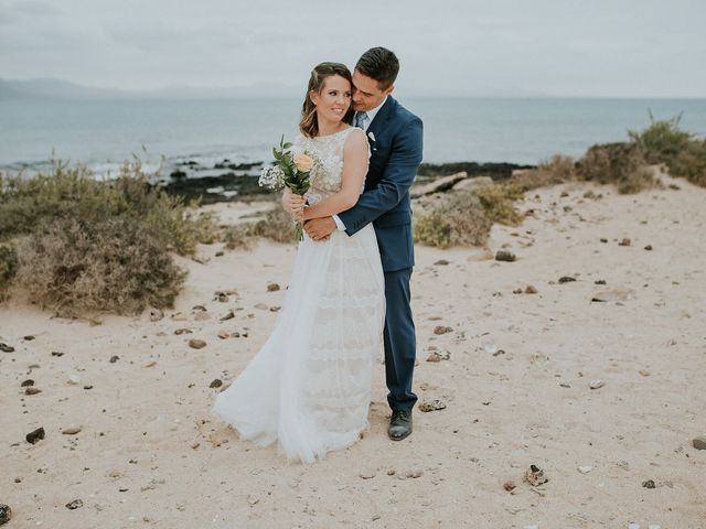 La boda de Octavio y Fayna en Caleta De Sebo (Isla Graciosa), Las Palmas 2