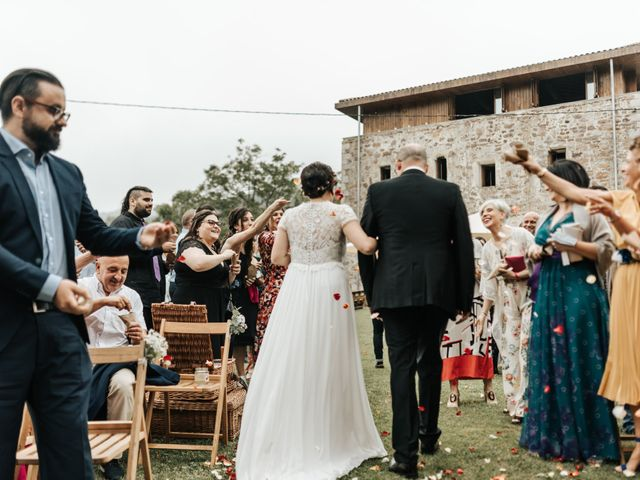La boda de Xabier y Karen en Oiartzun, Guipúzcoa 36