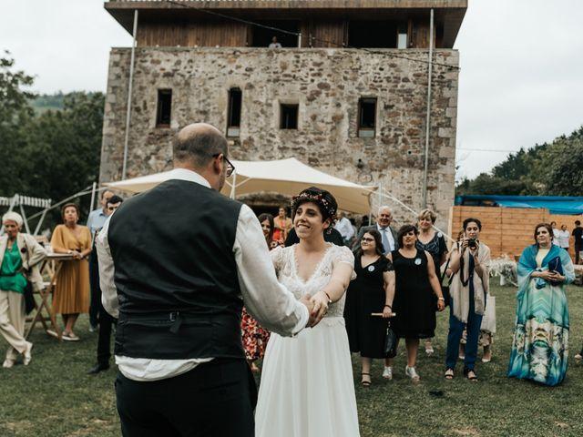 La boda de Xabier y Karen en Oiartzun, Guipúzcoa 62