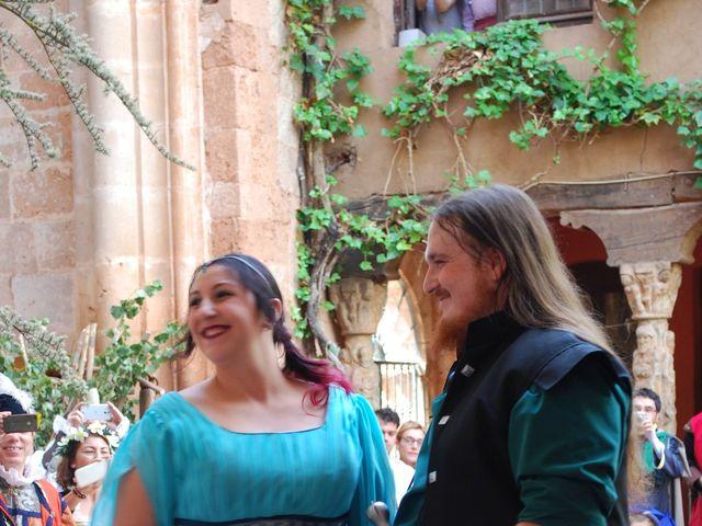 La boda de Héctor y Saray en Ayllon, Segovia 4