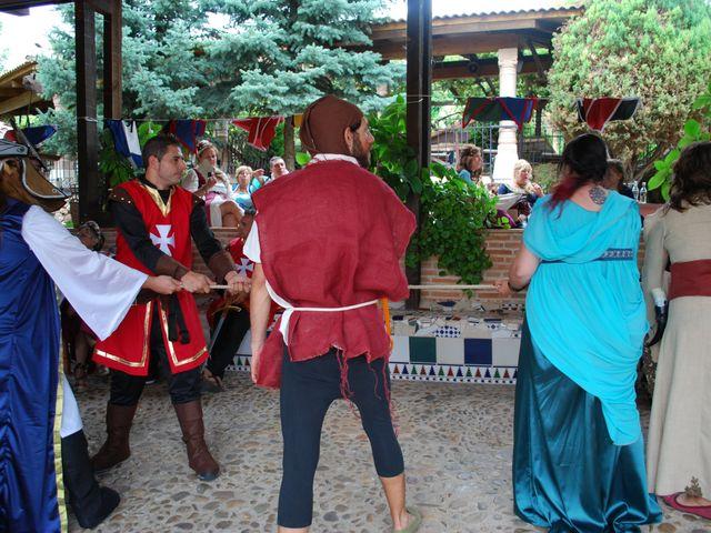 La boda de Héctor y Saray en Ayllon, Segovia 18