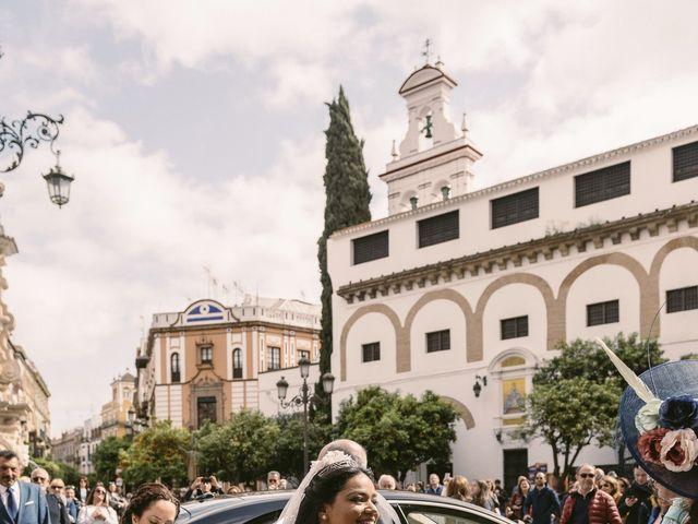 La boda de Evaristo y Lua en Sanlucar La Mayor, Sevilla 28