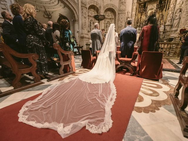La boda de Evaristo y Lua en Sanlucar La Mayor, Sevilla 34