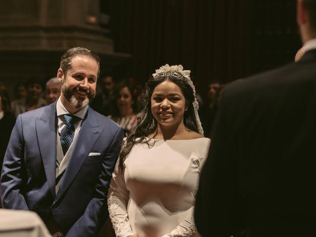 La boda de Evaristo y Lua en Sanlucar La Mayor, Sevilla 35