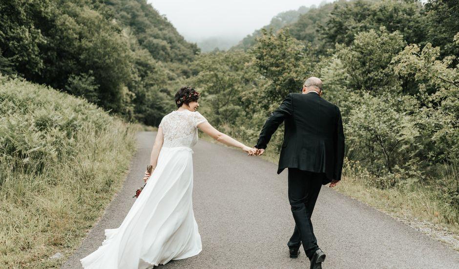 La boda de Xabier y Karen en Oiartzun, Guipúzcoa