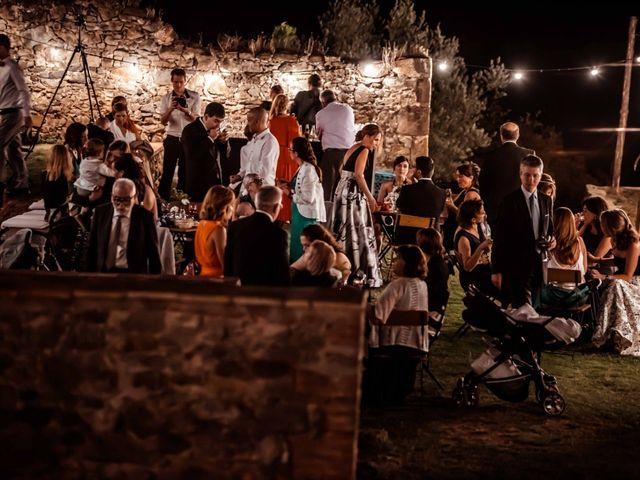 La boda de Pep y Marta en Santa Pau, Girona 55