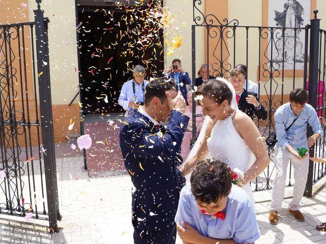 La boda de Manuel y María en San Fernando, Cádiz 2
