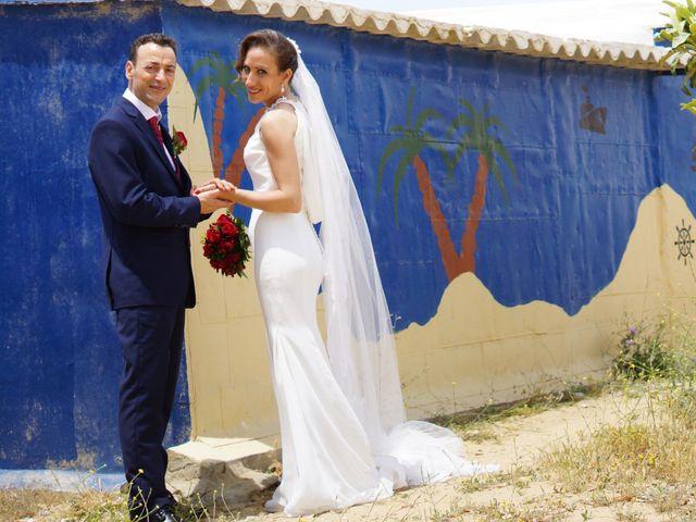 La boda de Manuel y María en San Fernando, Cádiz 29