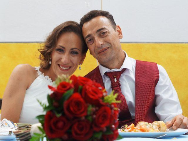 La boda de Manuel y María en San Fernando, Cádiz 32