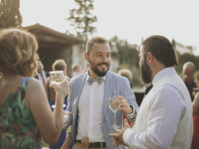 La boda de Ernesto y Sheila en Pueblo Sant Andreu Salou, Girona 16