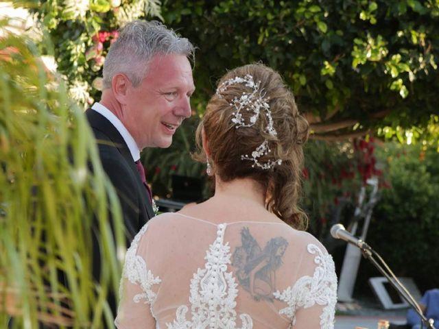La boda de Oliver y Nieves en Altea, Alicante 17
