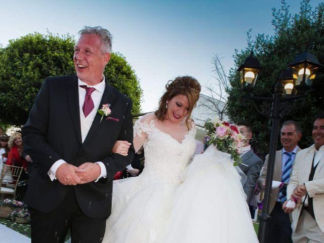 La boda de Oliver y Nieves en Altea, Alicante 18