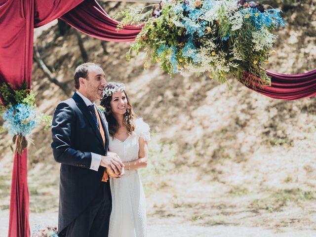 La boda de Manuel y Miriam en Valdemorillo, Madrid 20