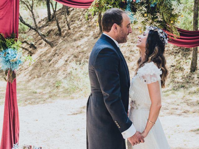 La boda de Manuel y Miriam en Valdemorillo, Madrid 23